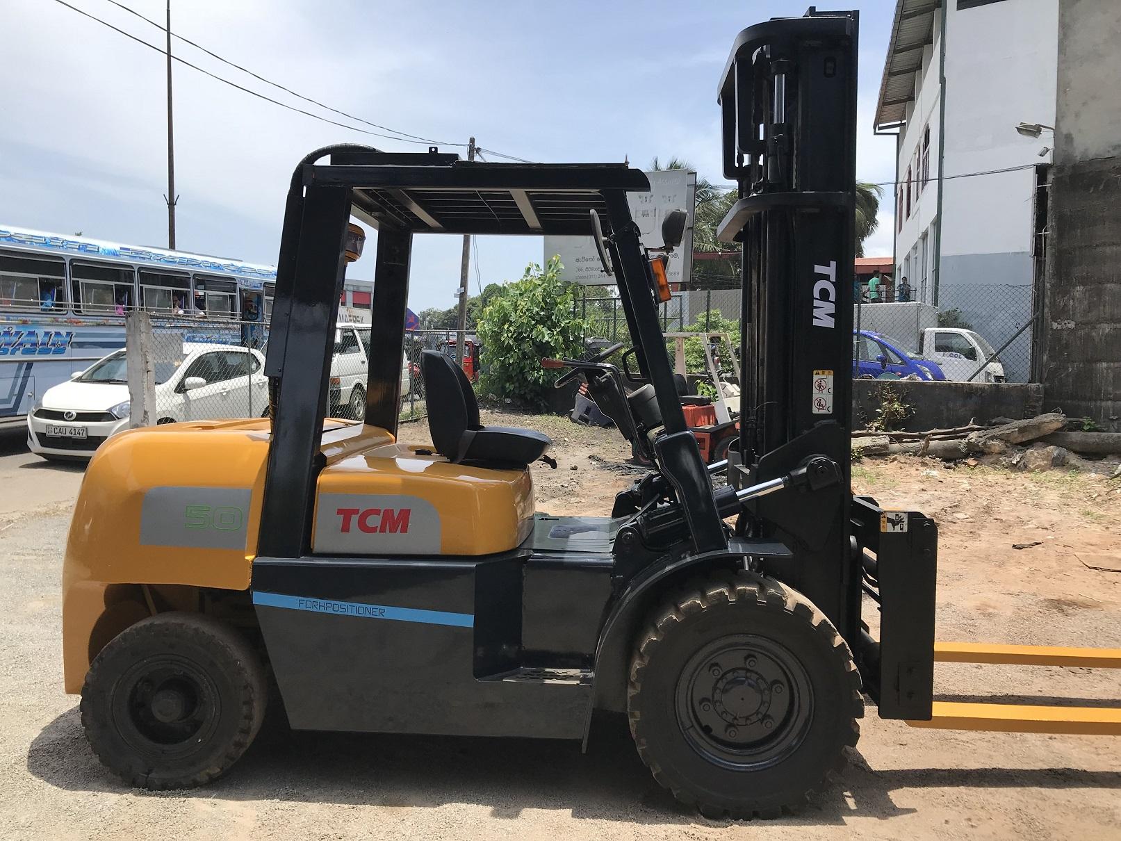 Forklift Rentals and Hiring in Srilanka TCM 5 ton Forklift |